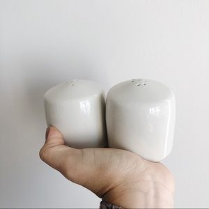 Salt and pepper white ceramic containers